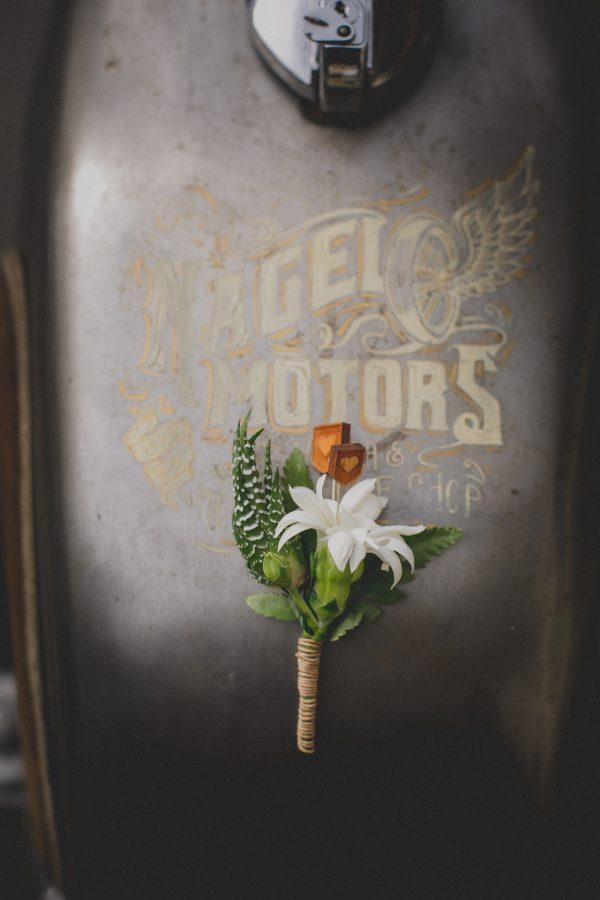 Manngestrüpp, Anhänger, Blumen